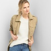 Gap: 40% Off Your Purchase, Including Sale Items!