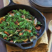 "Amazon.ca: Lodge 10.25"" Pre-Seasoned Cast Iron Skillet $22.19 (regularly $35.00)"
